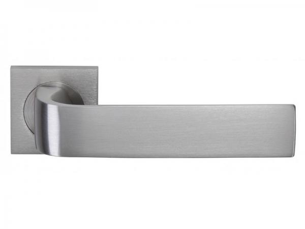 Дверная ручка на розетке Groel