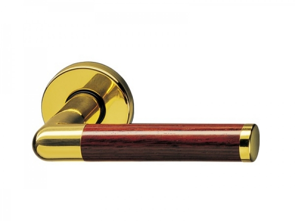 Дверная ручка на розетке P.Bisschop